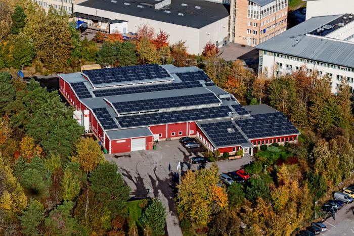 Tekno-Detaljer - Hållbar industri med solceller, led och bin
