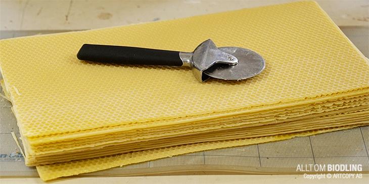 Rullkniv för att skära bivax - Biredskap - Biodling